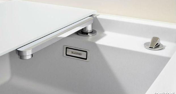 Elescope blanco rubinetto sottofinestra blog interior design idro 80 - Cucine sotto finestra ...